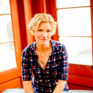 Catie Curtis -- songwriter and performer